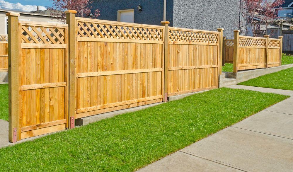 Как сделать красивый деревянный забор